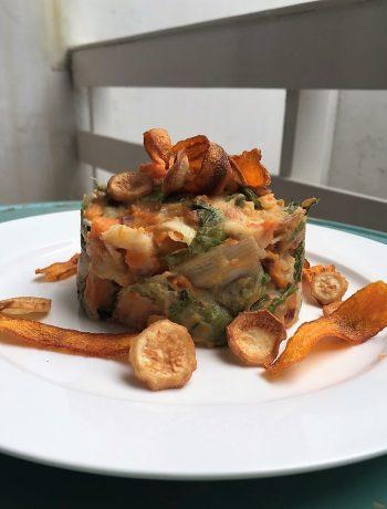 Herfst stamppot van andijvie en pastinaak, groenten, biologisch, seizoensgroenten, aan tafel bij anna, wortel