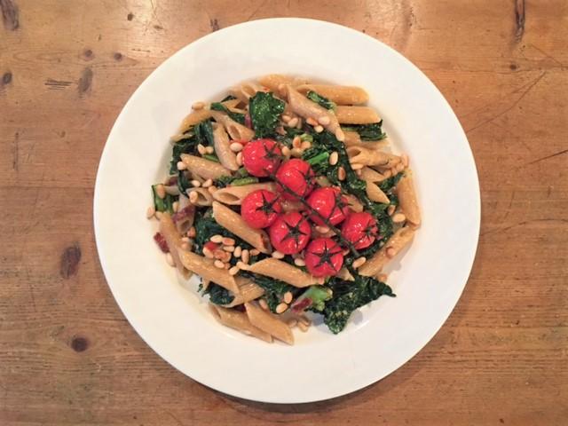 Pasta met palmkool, cavolo nero, groenten, biologisch, recept, groentenpakket, seizoensgroenten, gepofte tomaat