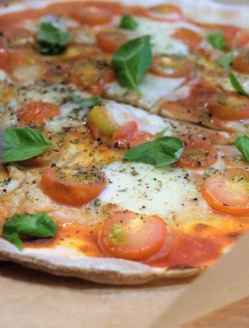 pizza margharita, pizza, recept, tomaat, mozzarella, basilicum, groenten, makkelijk, biologisch