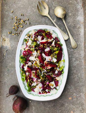 Salade van sous vide gegaarde bieten met snijbiet en geitenkaas, recept, makkelijk, gezond, vegetarisch, groenten